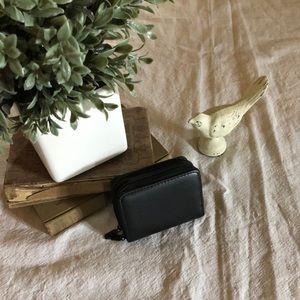 ❤️ Buxton black leather wallet
